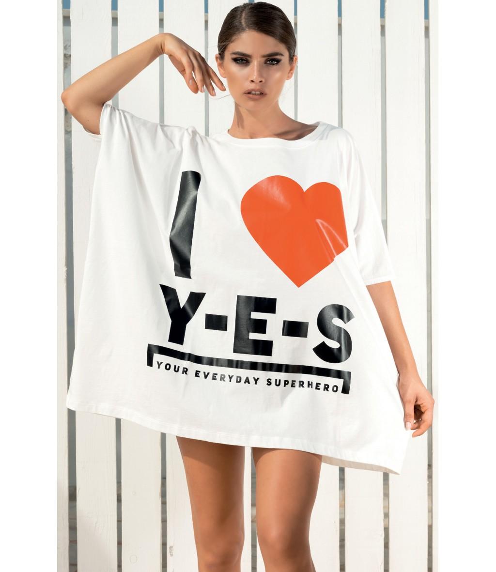 Il mini abito oversize in cotone con cuore rosso e logo Yes Your Everyday Superhero.